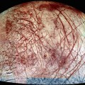 Blood-red_scars_and_veins_on_Europa_large