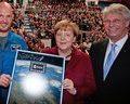 Alexander Gerst und Angela Merkel
