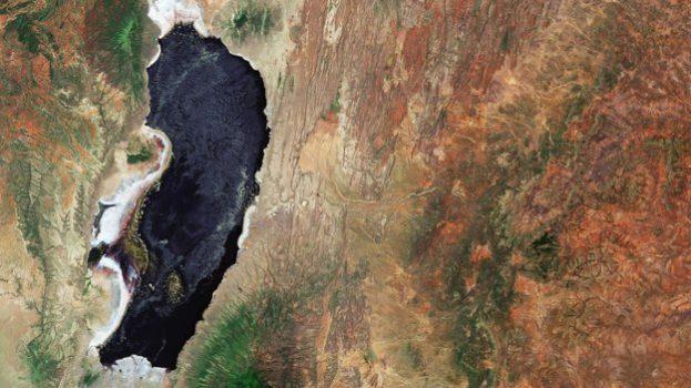 Lake_Natron_Tanzania_large