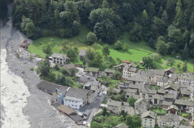 Bondo_landslides_Switzerland_card_full