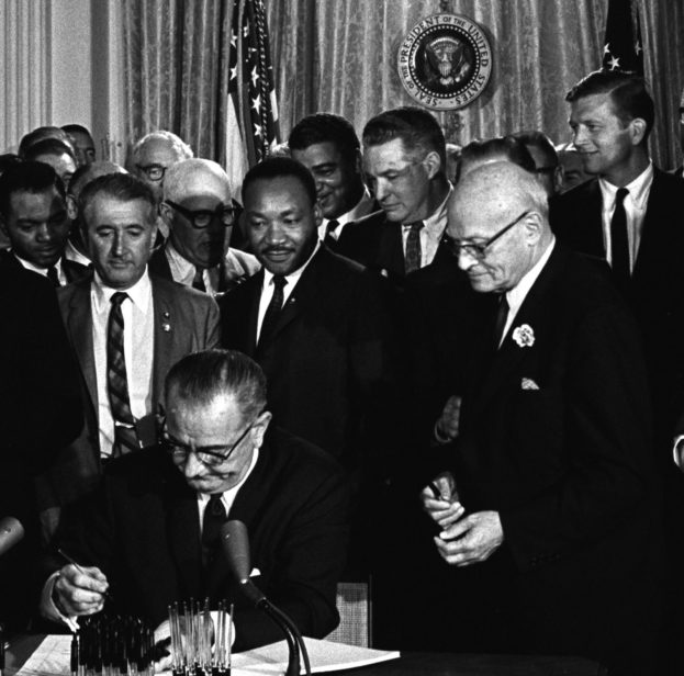 best_lyndon_johnson_signing_civil_rights_act